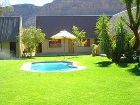 Orange River Lodge